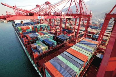 上海现代航运服务功能不断完善
