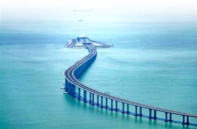 港珠澳大桥海底隧道入口-3种方式穿越港珠澳大桥